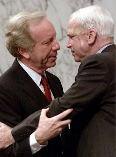 http://yesterdayssalad.files.wordpress.com/2007/01/mccain_lieberman_hug.jpg